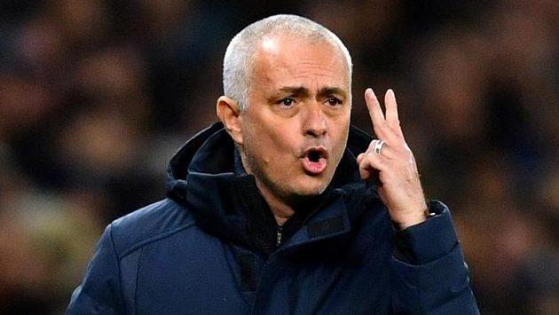 Kouč Tottenhamu Hotspur Jose Mourinho během duelu Ligy mistrů s Lipskem.
