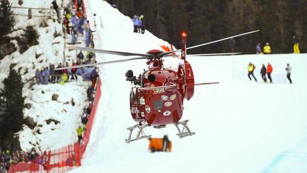 Marc Gisin musel opustit závod ve Val Gardeně ve vrtulníku.