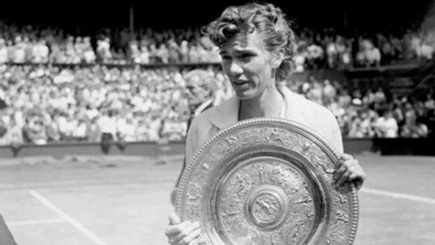 Ve věku 94 let zemřela bývalá americká tenistka Shirley Fryová