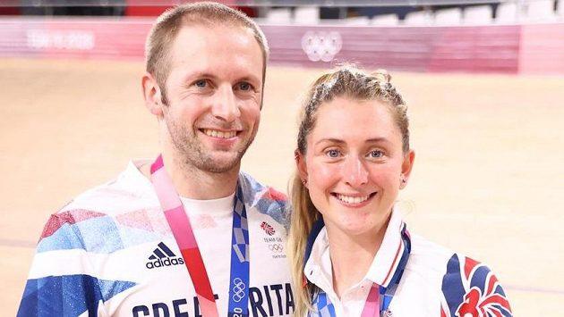 Britský cyklista Jason Kenny se svou ženou Laurou