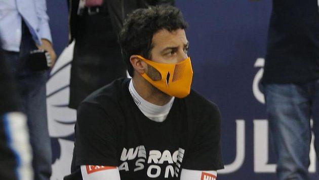 Daniel Ricciardo v Bahrajnu.