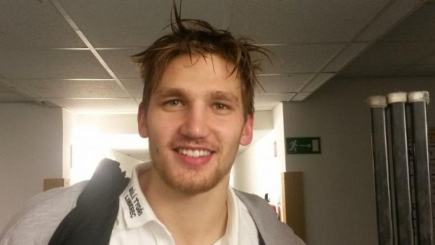 Hokejista Adam Musil.