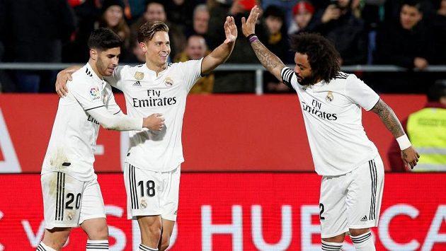 Radost v podání fotbalistů Realu Madrid po vstřeleném gólu.