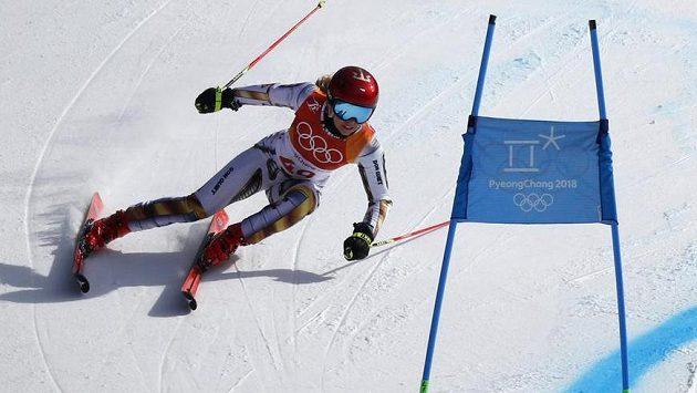 Česká reprezentantka Ester Ledecká si ve 2. kole obřího slalomu ještě polepšila.
