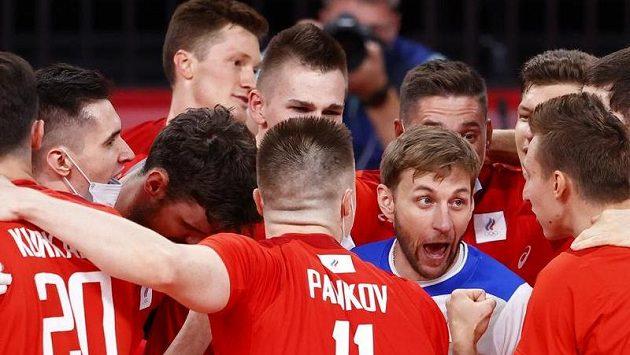 Volejbalisté Ruska se radují z postopu do finále