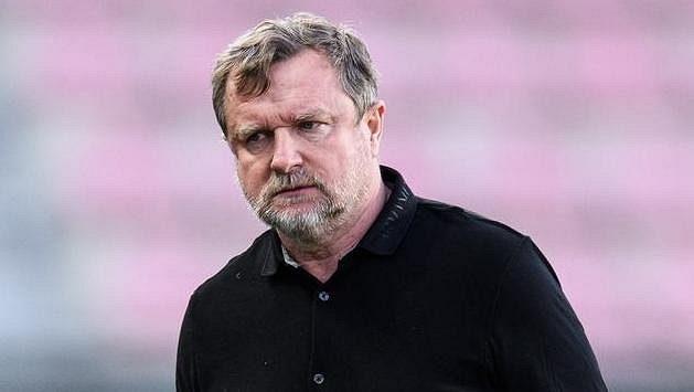 Trenér Sparty Praha Pavel Vrba má starosti...