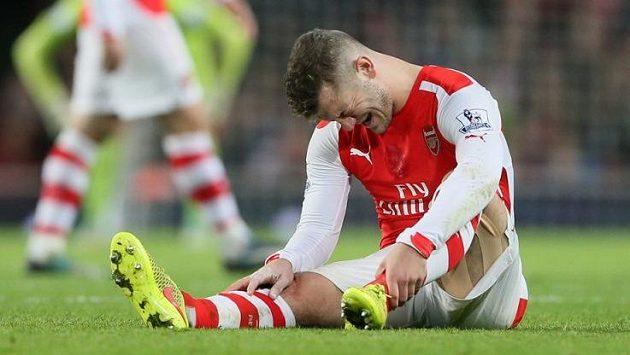 Jack Wilshere si v Arsenalu zadělal na další problém.