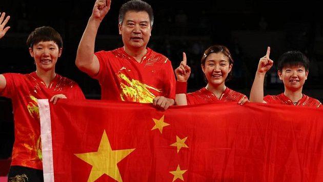 Stolní tenistky Číny ovládly i počtvrté v historii olympijskou soutěž ženských družstev