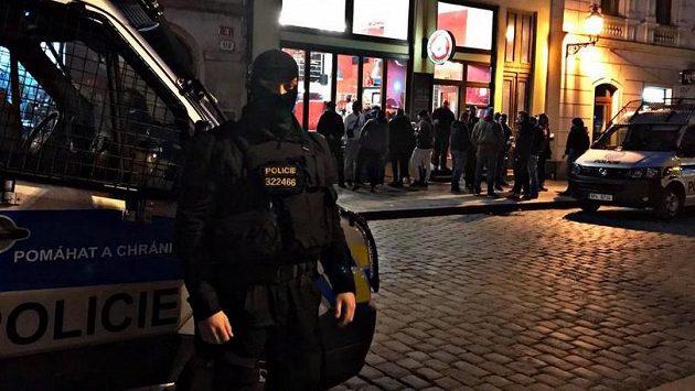 Policisté museli zasahovat proti chorvatským fanouškům
