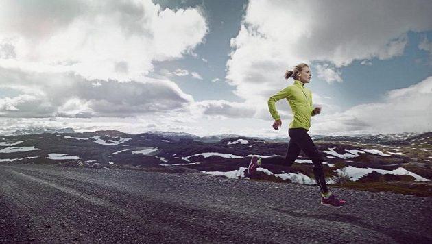 Trénink rychlosti se hodí i vytrvalcům.