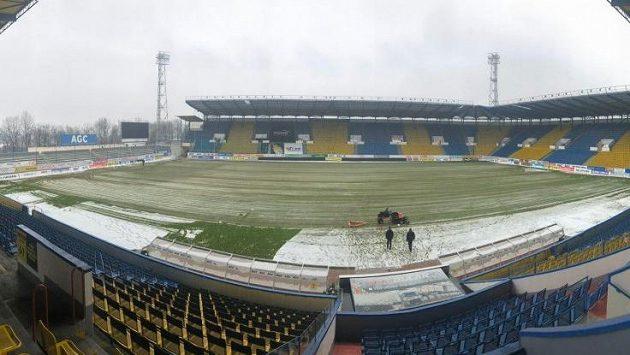 Zima fotbalu často nepřeje.
