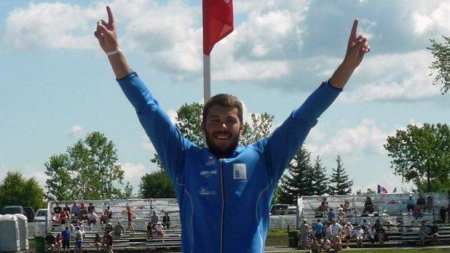 Kajakář Josef Dostál je mistrem světa v kategorii do 23 let.