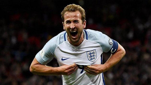 Harry Kane se raduje! Kanonýr Tottenhamu vstřelil jediný gól Anglie v utkání se Slovinskem a domácí tak postupují na MS.