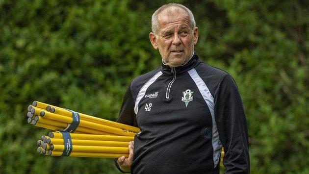 Trenér Jablonce Petr Rada na tréninku před úvodním utkáním 3. předkola fotbalové Evropské ligy s Celtikem Glasgow.