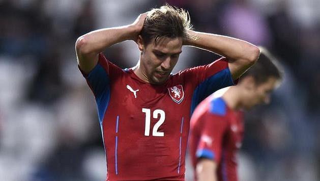 Vojtěch Hadaščok v dresu reprezentačního týmu do 21 let během utkání s Itálií.