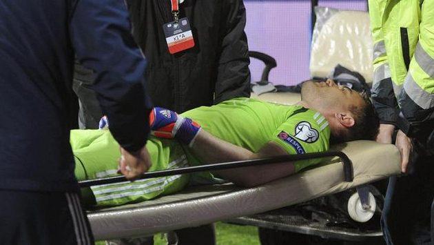 Zraněný ruský brankář Igor Akinfejev.