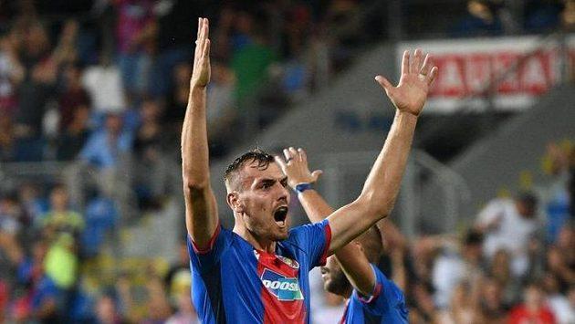 Střelec druhé branky Tomáš Chorý.