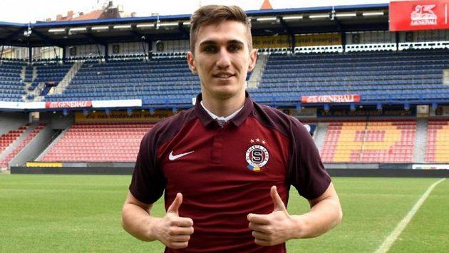 Rumunský obránce Bogdan Vatajelu je novou posilou Sparty.