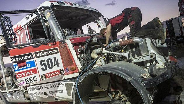 Tatře Aleše Lopraise praskla hadice od kompresoru a český závodník věděl, že je po nadějích na stupně vítězů.