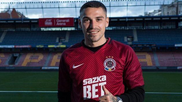 Nicolae Stanciu konečně navlékl rudý dres Sparty.