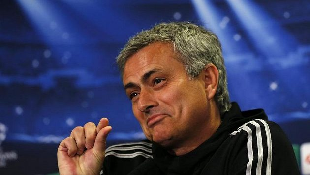 """""""Takhle malinkou šanci máme na postup,"""" vtipkoval trenér Chelsea José Mourinho před odvetou čtvrtfinále Ligy mistrů proti PSG."""