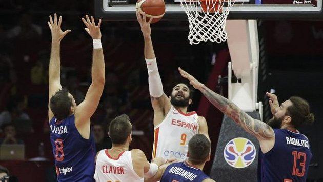 Španělští basketbalisté si poradili se Srbskem