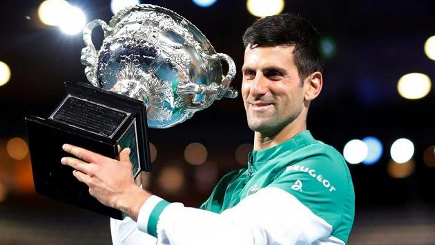 Sestřih finálového zápasu Australian Open Djokovič - Medveděv