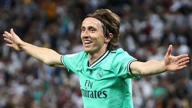 Lídr Chorvatů Luka Modrič se raduje v dresu Realu Madrid.