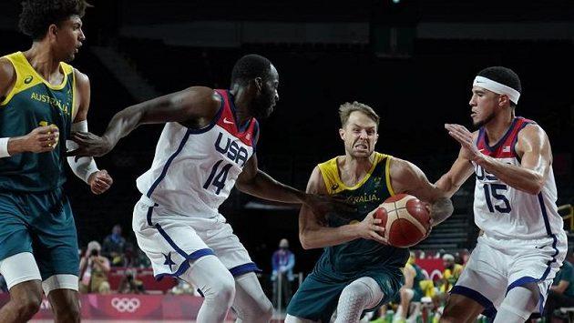 Basketbalisté USA porazili v semifinále olympijského turnaje Austrálii
