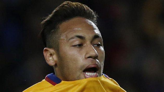 Neymar požaduje zvýšení platu na pětinásobek.