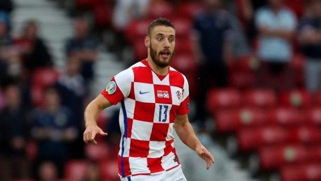 Chorvatský reprezentant Nikola Vlašič na snímku z evropského fotbalového šampionátu.