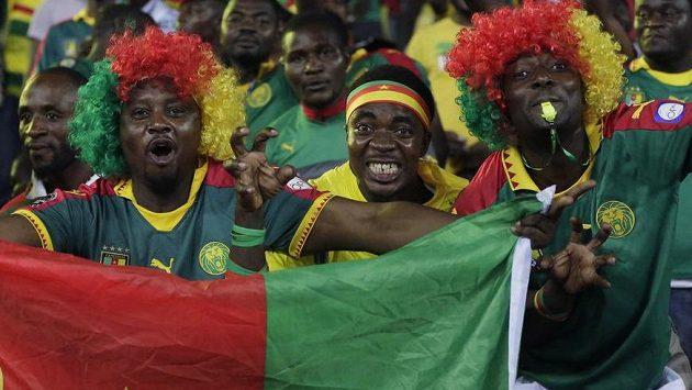 Příznivci Kamerunu na fotbalovém mistrovství Afriky.