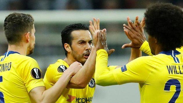 Pedro se postaral o vyrovnávací branku Chelsea v souboji EL s Frankfurtem.