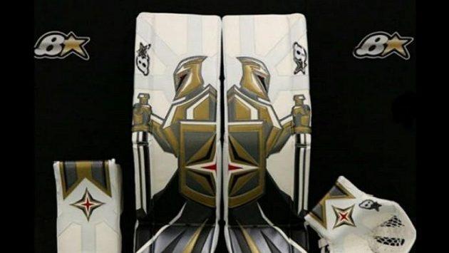 S těmito betony vyrazí do dalších zápasů v NHL brankář Robin Lehner.