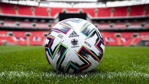 Oficiální míč EURO 2020 se jmenoval Uniforia.