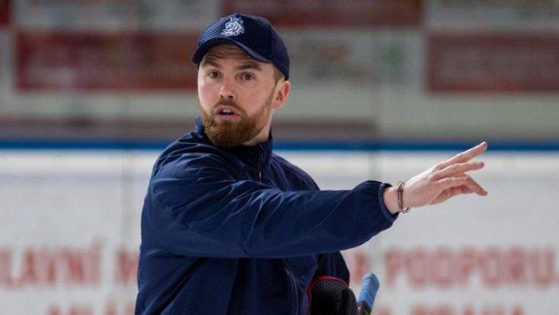 Trenér hokejové reprezentace Filip Pešán během tréninku na prvním srazu před MS.
