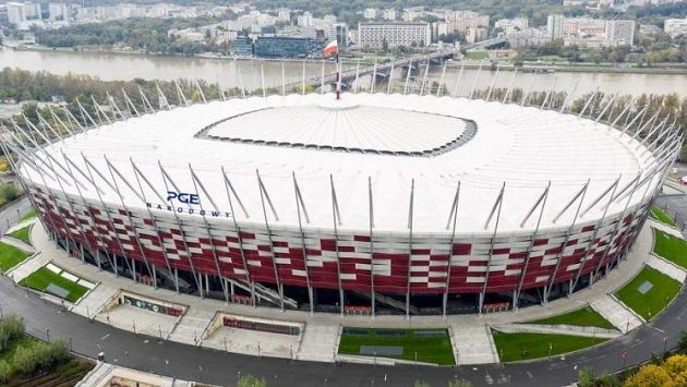 Polský Národní fotbalový stadion ve Varšavě se promění v nemocnici