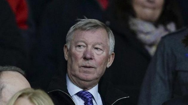 Legendární trenér Sir Alex Ferguson na tribuně Old Trafford.