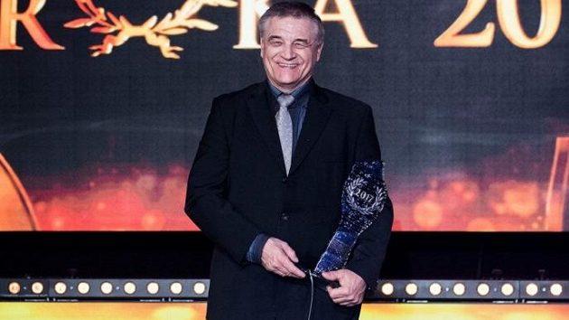 Olympijský vítěz z roku 1988, chodec Jozef Pribilinec.