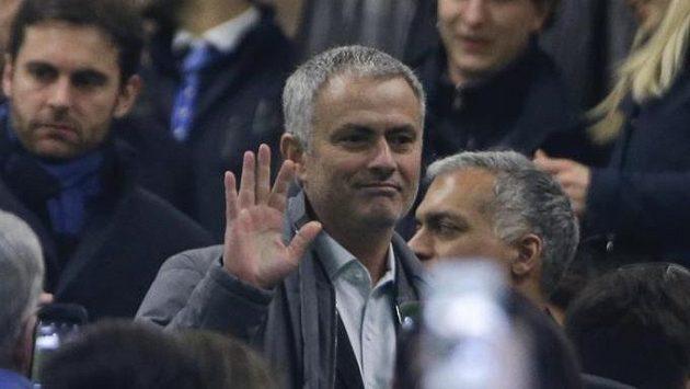 José Mourinho na milánském stadiónu San Siro.