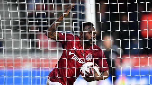 Sparťan Guélor Kanga poté, co proti Olomouci proměnil první penaltu.