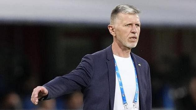 Trenér Jaroslav Šilhavý během utkání v Itálii.