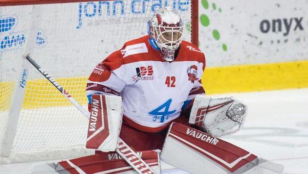 Brankář Olomouce Branislav Konrád.