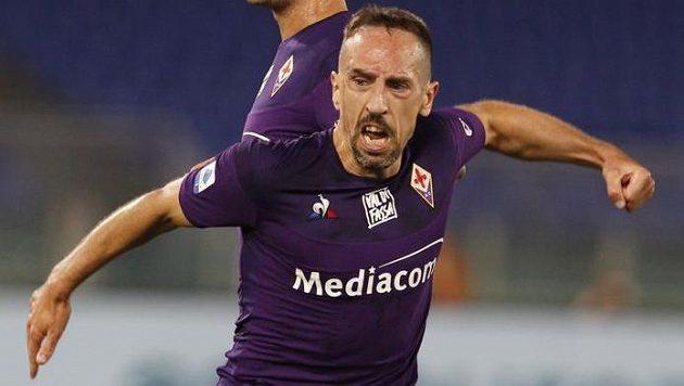 Franck Ribéry slaví gól, za ním Pol Lirola. Archivní snímek