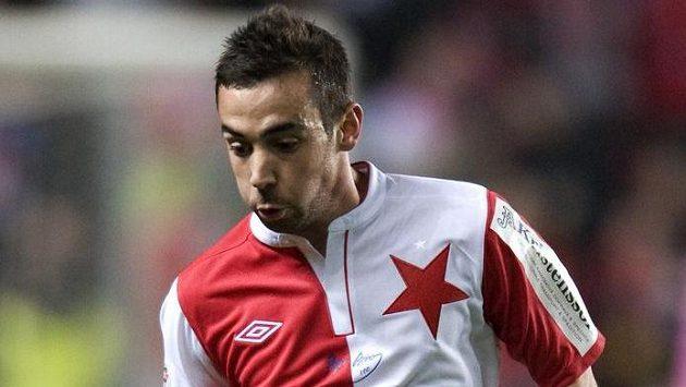 Záložník Damien Boudjemaa dal z penalty jediný gól Slavie.