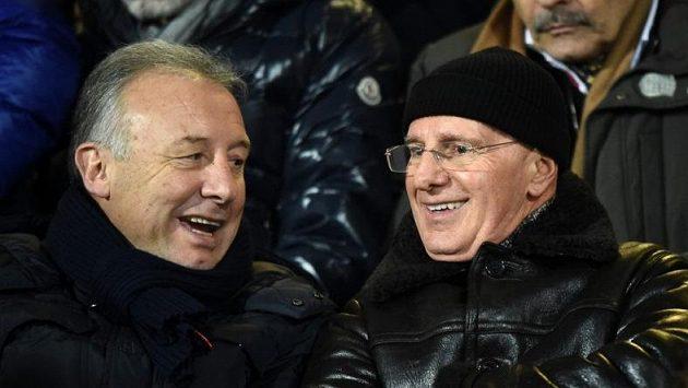 Arrigo Sacchi (vpravo) a Alberto Zaccheroni v hledišti při utkání Cesena - Juventus.