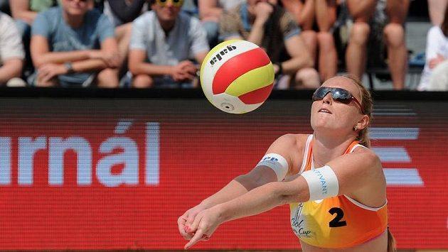 Plážová volejbalistka Kristýna Kolocová.