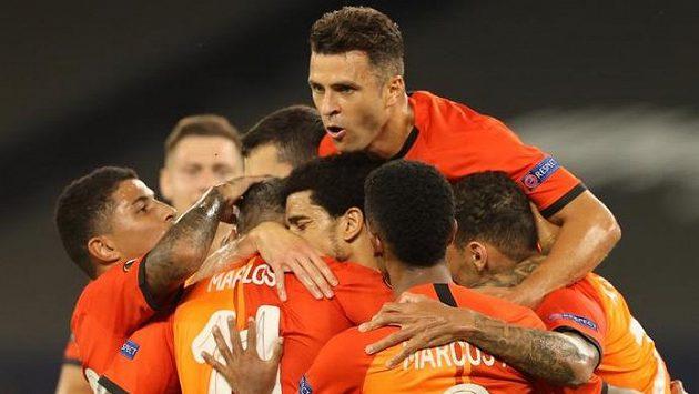 Hráči Šachtaru Doněck se radují - a český fotbal spolu s nimi...!