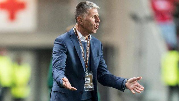 Trenér Slavie Jaroslav Šilhavý chce z Astany nějaké body dovézt.