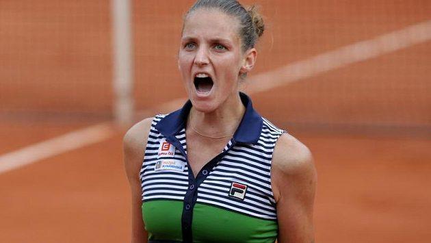 Karolína Plíšková se v semifinále French Open rvala ze všech sil.